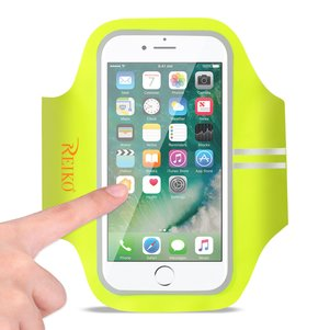REIKO RUNNING SPORTS ARMBAND FOR IPHONE 7 PLUS/ 6S PLUS OR 5.5 INCHES DEVICE IN GREEN (5.5x5.5 INCHES)