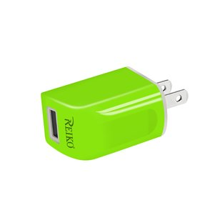 REIKO IPHONE 6 1 AMP PORTABLE TRAVEL ADAPTER CHARGER WITH CABLE IN GREEN